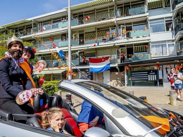 In Strijen wird der Königstag, der Nationalfeiertag der Niederländer, begangen.