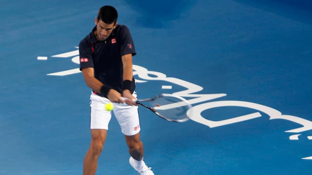 Novak Djokovic gewinnt in Abu Dhabi.