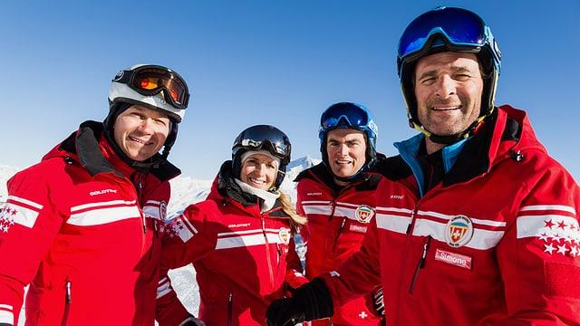 Video ««SRF bi de Lüt – Die Skilehrer» in Saas-Fee» abspielen