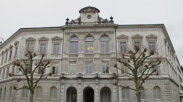 Obergericht im Bild von aussen