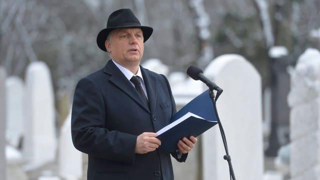Viktor Orban hält eine Rede