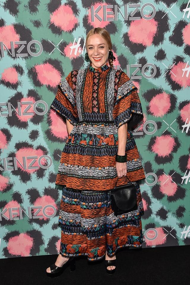 Chloe Sevigny ein einem pompösen Kleid