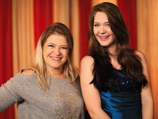 Jessica Kappeler (16) aus Busswil TG mit Patin Monique.