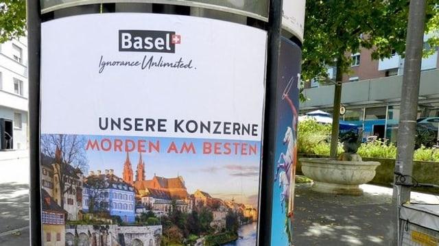 Ein Plakat mit der Botschaft: Basel - unsere Konzerne morden am besten.
