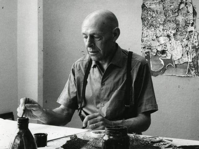 Jean Dubuffet, 1960 im Atelier an der Côte d'Azur.