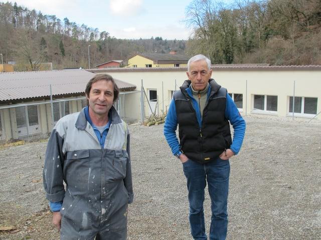 Tierheimleiter Jean-Jacques Müller (links) und Dolf Burki, Präsident des Schaffhauser Tierschutzes.