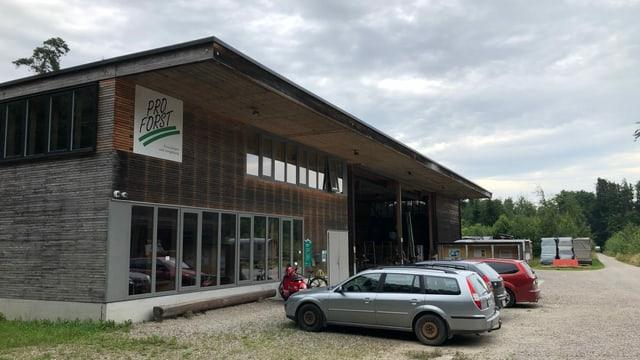 Das Betriebsgebäude von der Forstorganisation Pro Forst im Lengwiler-Wald