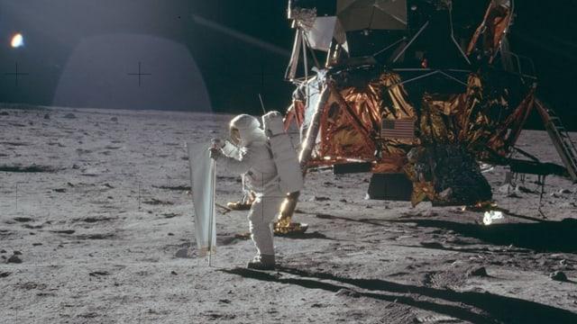 Erster Mensch auf dem Mond.