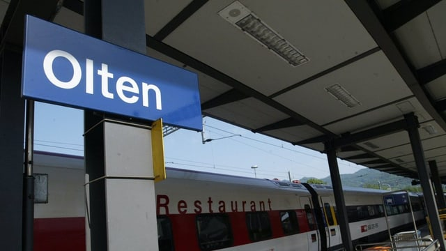 Schild Bahnhof Olten