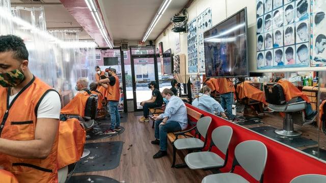 Haare werden geschnitten in der Bronx