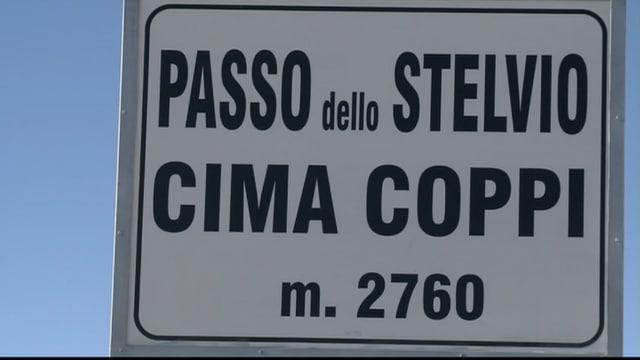 Tabla al pass dal Stelvio cun in num Passo dello Stelvio, Cima Coppi, m. 2760.