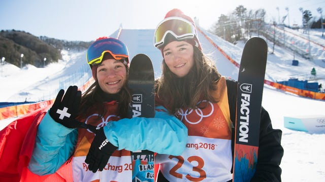 Sarah Höfflin e Mathilde Gremaud procuran per ina victoria dubla svizra en il slopestyle.