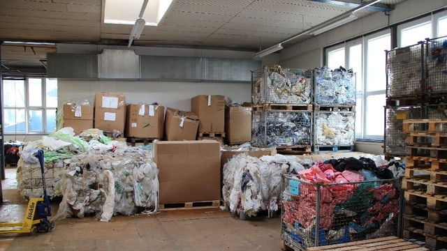 Die Sozialfirma Dock in St. Gallen betreibt unter anderem auch eine Recyclingabteilung.