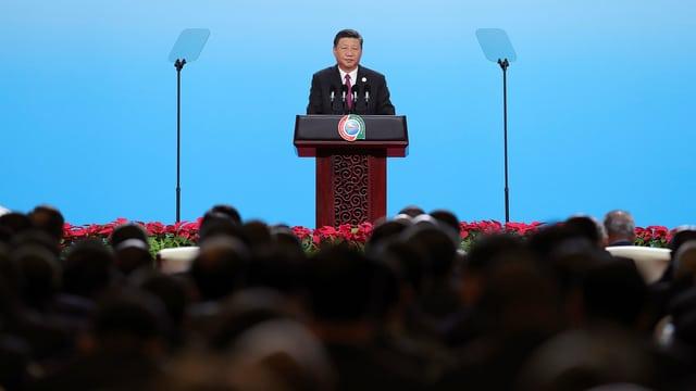 Xi Jinping vor Publikum.