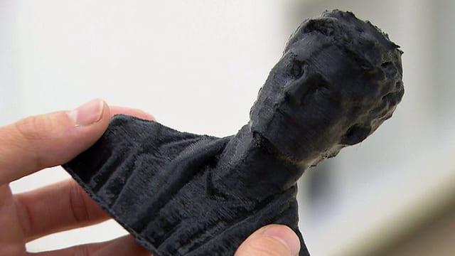 Die im 3-D-Drucker hergestellte Plastik zeigt den Oberkörper von «Einstein»-Moderator Tobias Müller.
