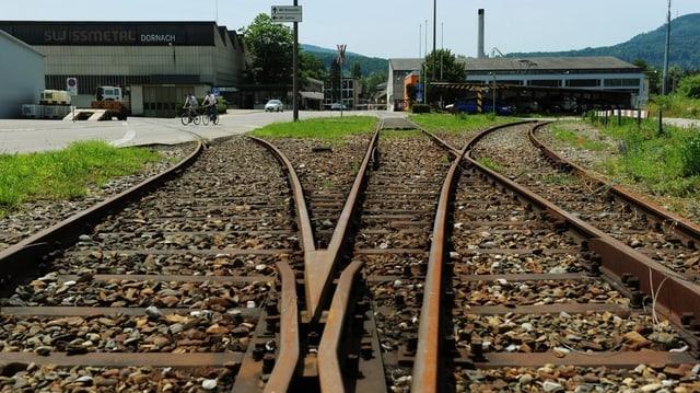 Eisenbahnweichen auf dem Areal der Swissmetal in Dornach.