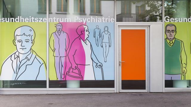 Fassade des Gesundheitszentrums Psychiatrie von aussen