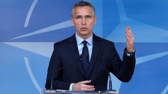 Nato-Generalsekretär Jens Stoltenberg an einem Rednerpult