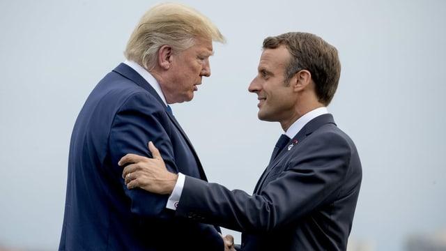 Donald Trump und Emmanuel Macron im Gespräch