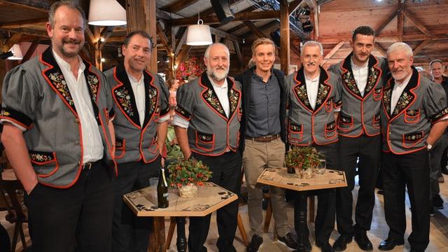 Video «Bruno Niederberger vom Jodlerklub Wiesenberg.» abspielen