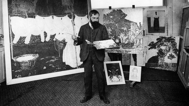 Cuno Amiet vor Gemälden