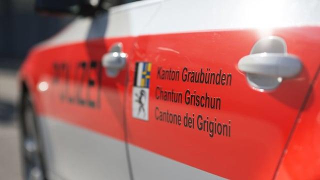 Auto da polizia dal Grischun.