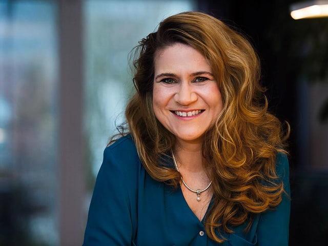 Porträt von Tanja Reusser.