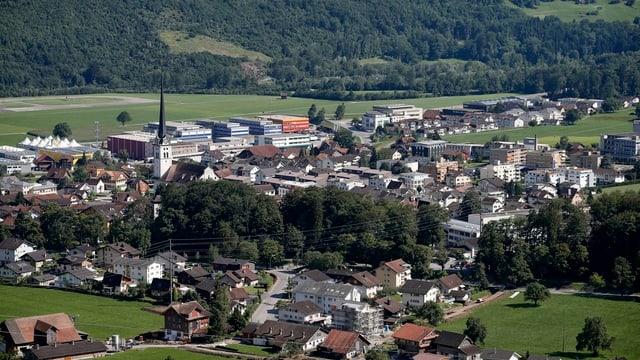 Luftbild der Obwaldner Gemeinde Alpnach