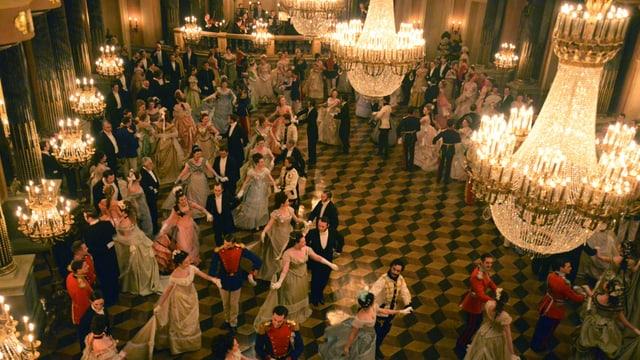 Ballszene in «Anna Karenina: Vronsky's Story»