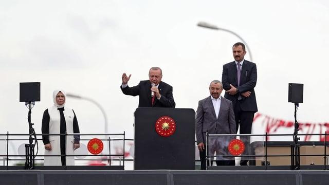 Millionen Türken wählen erneut den Bürgermeister von Istanbul   BR24