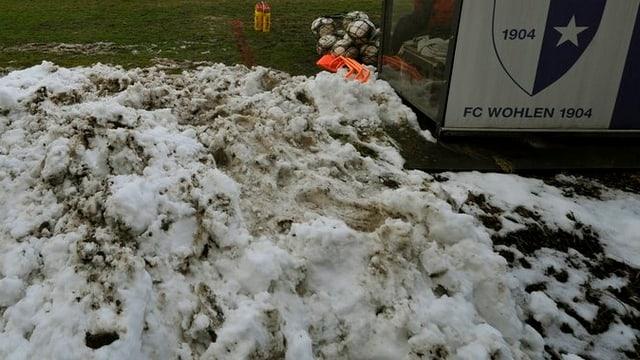 Das Stadion des FC Wohlens leidet unter dem harten Winter.