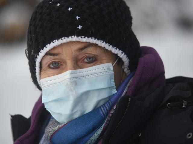 OK-Präsidentin Martha Bächler mit Maske.