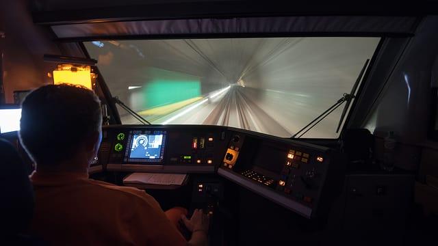 L'emprim viadi cun la spertadad maximala da 275 km/h è stà ils 8 da november.