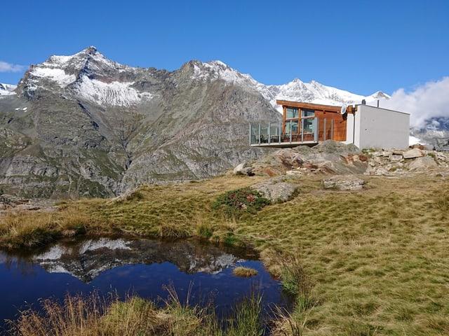 Schönes Wandergebiet in den Alpen.