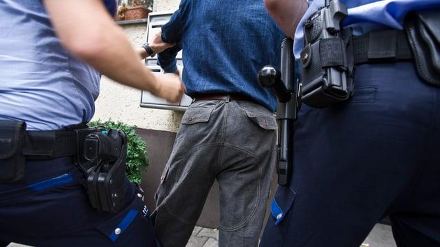 Personenkontrolle der Polizei