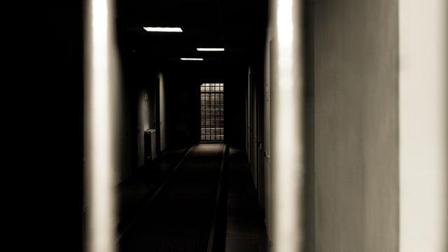 Einblick in einen Gefängnistrakt