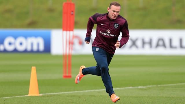 Wayne Rooney sprintet über den Trainingsplatz
