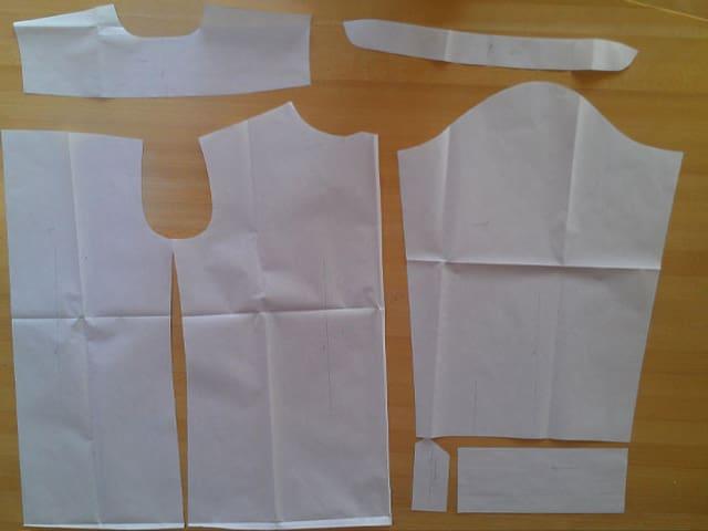 Schnittmuster-Teile für das Hemd.
