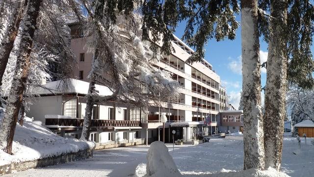 Hotel im Park in Crans-Montana.
