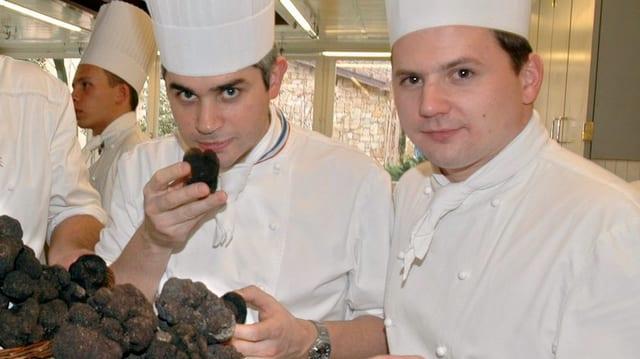 Benoît Violier mit seinem Küchenchef Franck Giovannini.