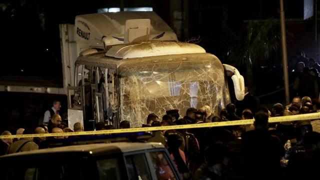 Purtret dal bus destruì ils 28 da december a Cairo.
