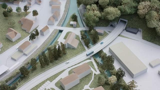 Modell einer Strasse mit Tunnel.