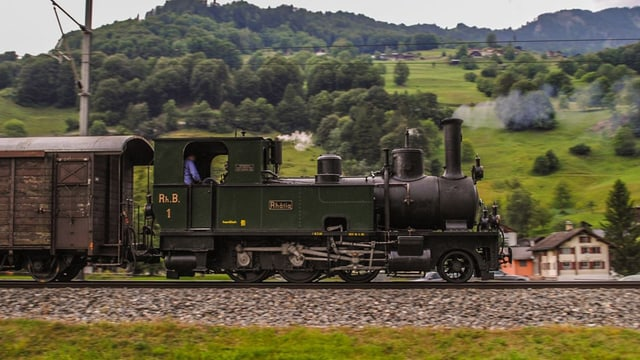 Lokomotive die dampft