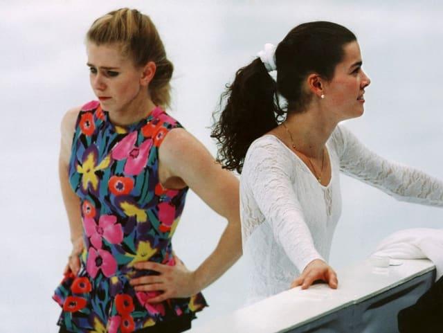 Tonya Harding (l.) und Nancy Kerrigan
