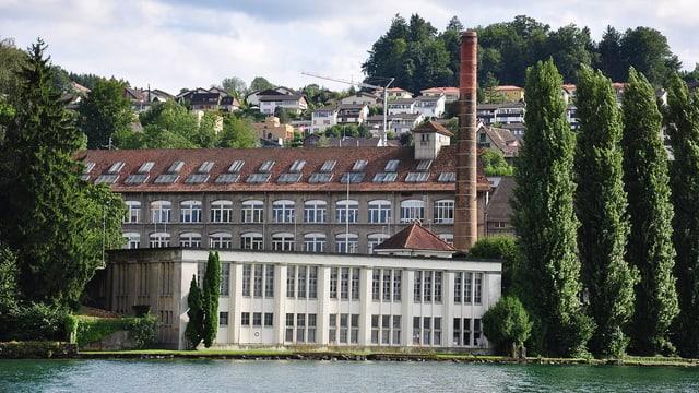 Die ehemalige Tuchfabrik Pfenninger auf der Halbinsel Giessen.