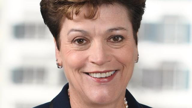 Portrait von Regierungsrätin Silvia Steiner