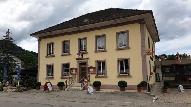 Gelbes Restaurant.