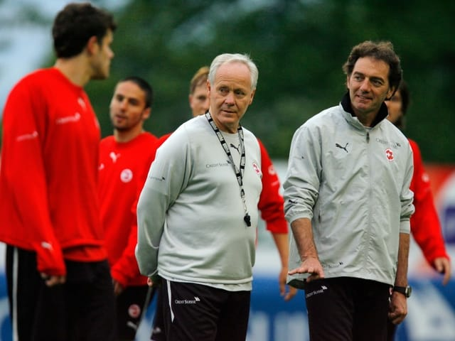 Coach Köbi Kuhn und sein Assistent Michel Pont
