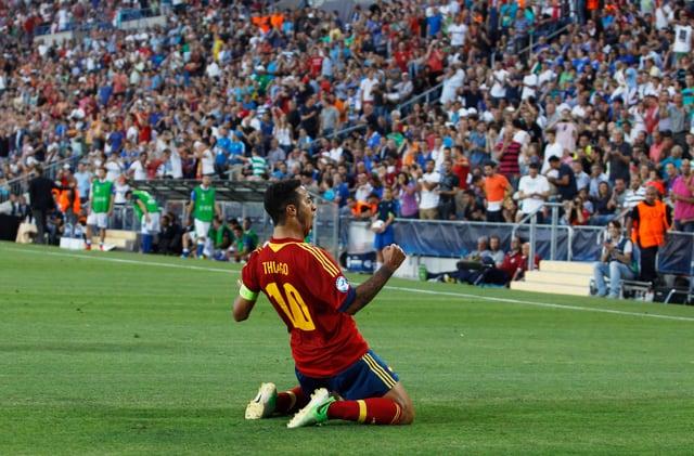 Thiago Alcantara schnürt seine Fussballschuhe in Zukunft für die Bayern.