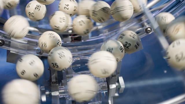 Cullas da lotto da la lotteria svizra